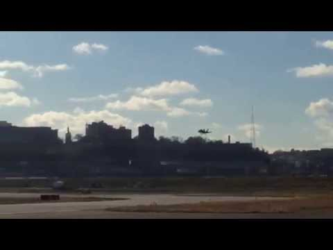 US Navy Blue Angels F/A-18 Hornet landing @ Kansas City Downtown Airport (MKC
