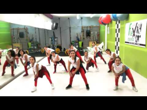 Immagini Natale Zumba.Buon Natale 2016 Flex Appeal Palagonia Zumba Fitness Zumba Kids Crossfit Crossfit Kids Youtube