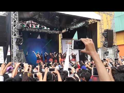 JKT48 - Heavy Rotation in ennichisai 2017