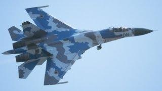 AIR SHOW RADOM 2013 - SU-27 - Jakość 1080p - 3D