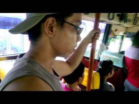 Tệ nạn trên xe buýt và cái kết không thể troll hơn