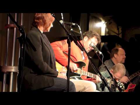 The Time Jumpers & Vince Gill, A Six Pack To Go