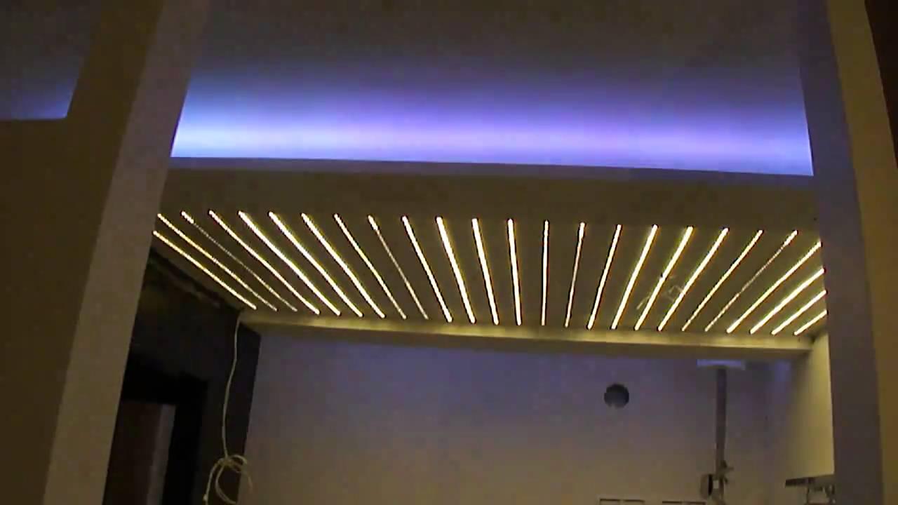 Opvallende LED sfeer verlichting voor badkamer  YouTube