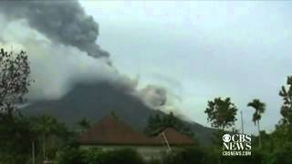 Mount Sinabung volcano erupts, spews 4 mile ash cloud Thumbnail