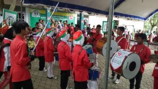 Video MARCHING BAND MTSN 8 INDRAMAYu download MP3, 3GP, MP4, WEBM, AVI, FLV November 2018