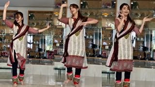 Madhuri Dixit Amazing Kathak Dance Performance in Home Quarantine Time | Teaching Dance in Lockdown
