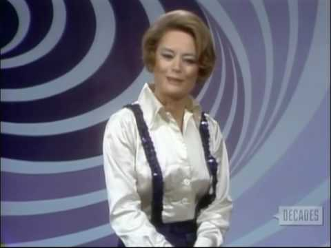 """Alexis Smith Reports on """"Lost Horizon"""" Premiere, 1972 Fake News"""