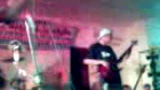 Khanabees-rock...peace...love...castillejos-121705!.3gp