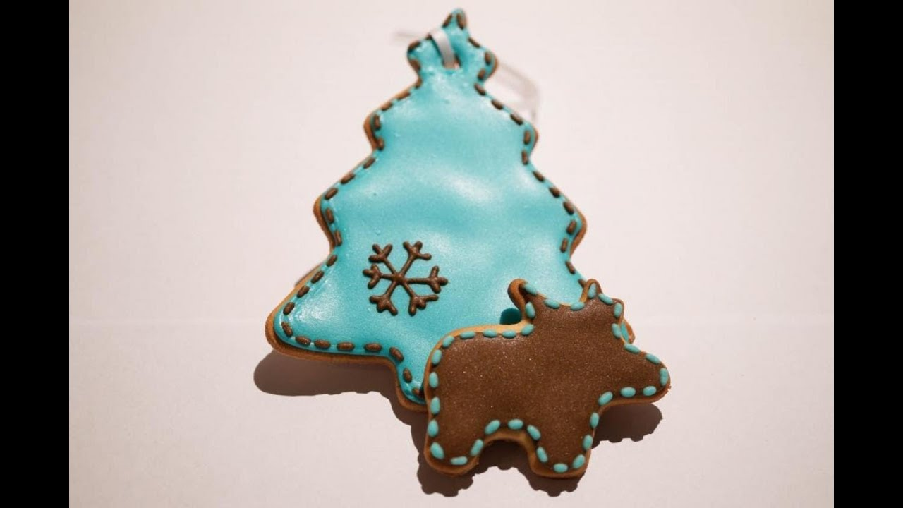 Decorating Ideas For Christmas Tree Cookies : How to decorate christmas tree with royal icing cookie