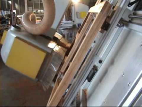Centre usinage pour fabrication fenetre youtube for Fenetre concerto