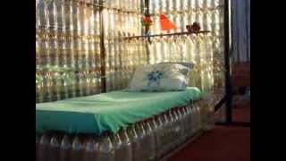 Диваны и кресла - мебель из пластиковых бутылок своими руками. Поделки для дома и дачи(Если не хватает дома мебели - не обязательно идти покупать ее в магазин. И не обязательно делать ее из дерева..., 2014-10-16T18:27:03.000Z)