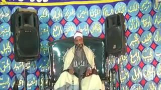 صور وفيديو | «الحلفاوي» يحيي عُرس «مسيحي» بقنا.. وهتافات: «توحدت الأديان في ليلة القرآن» | النجعاوية