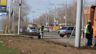 UTV. Эксперты рассказали, какая средняя стоимость ремонт автомобиля, попавшего в яму на дороге