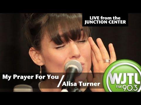 Alisa Turner -