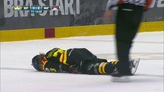 Ful knätackling av Rosdahl - TV4 Sport