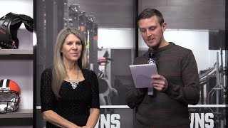 Solving the Browns' QB problem: Hey, Mary Kay!