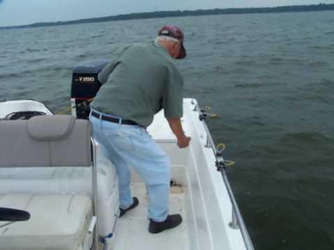 Crappie Fishing Cedar Creek Lake w/ Papaw