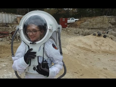 Missouri S&T's Mars Rover Design team spacesuit research