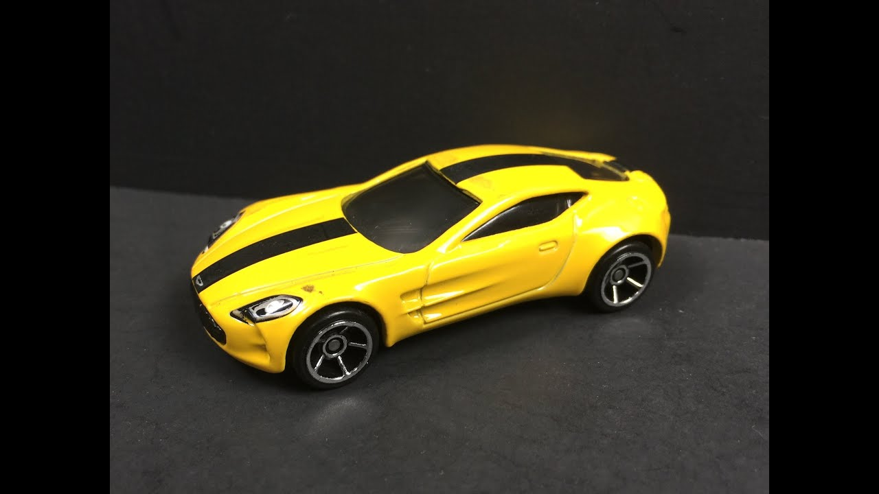 Hot Wheels Aston Martin One 77 Review 1 64 Youtube