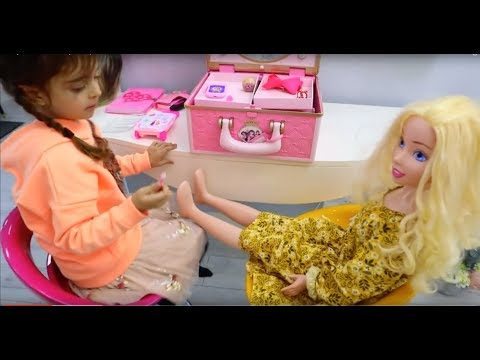 Dolls Hairstyle Salon & Pretend Play Make Up Toys