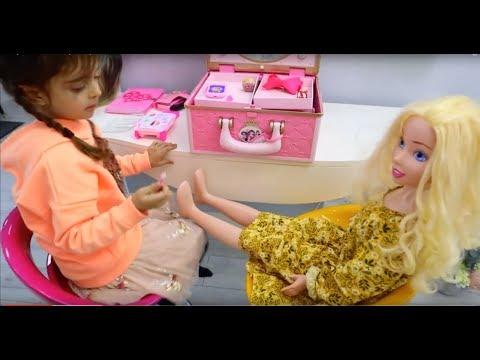 Dolls Hairstyle Salon & Pretend Play Make Up Toys thumbnail