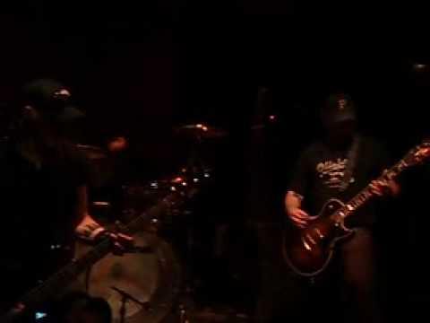 Karma To Burn - Ma Petite Mort (Live Trocadero , Phi. 2009)