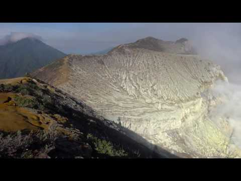 Blue Flames and Sulfur Mining at Kawah Ijen, Indonesia HD Beautiful Palaces in the World