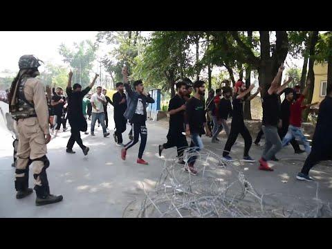 India tightens Kashmir