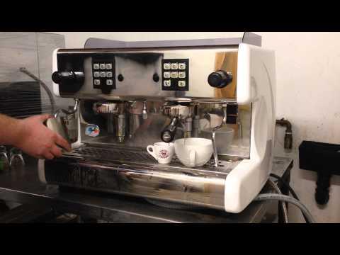 delonghi caffe nabucco bco70 espresso coffee maker