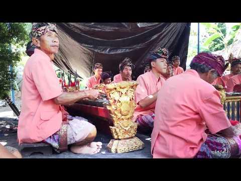 02 Angklung Bali Pitra Yadnya