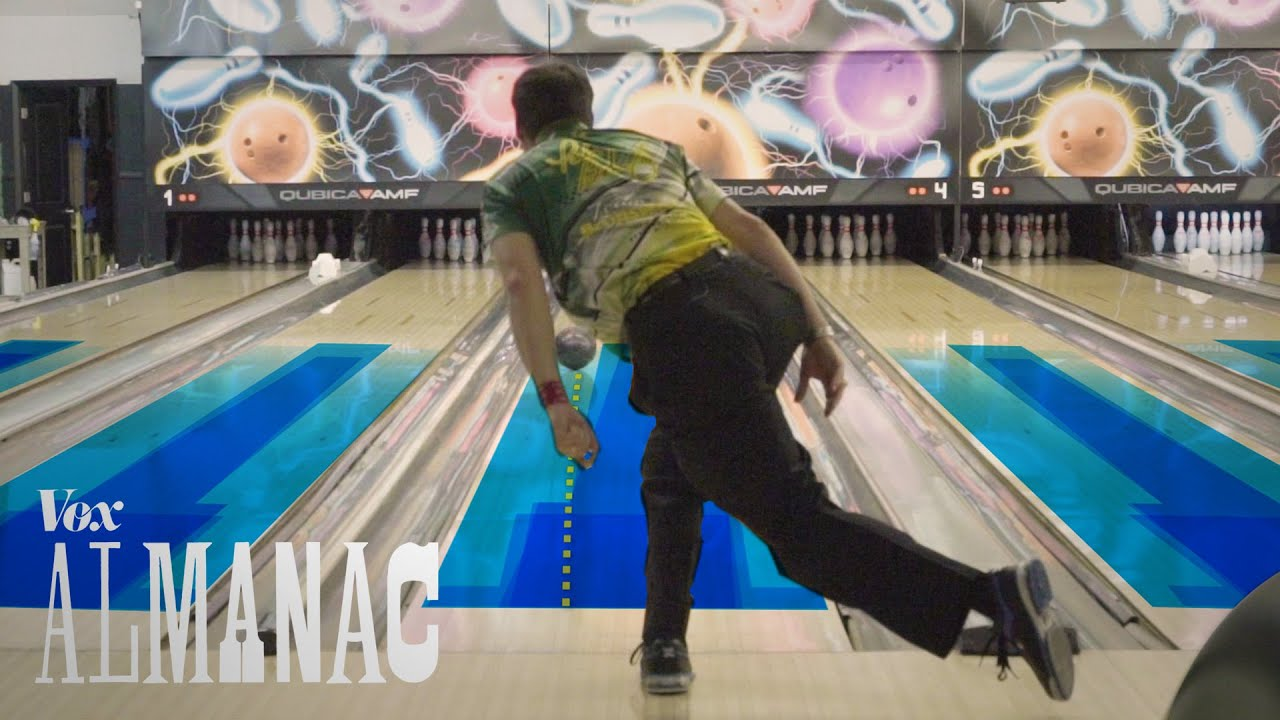 the hidden oil patterns on bowling lanes [ 1280 x 720 Pixel ]