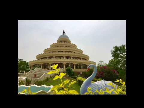 Shot on iPhone SE - Nandi Hills & Art of Living, Bengaluru