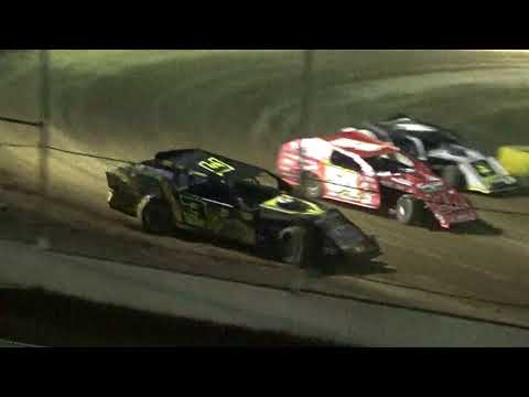 A-Mod  Feature at Highland Speedway 8-18-18