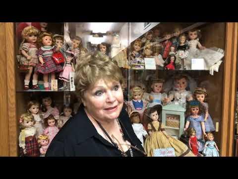 Hallway Of Vintage Dolls | Mid-Ohio Historical Doll & Toy Museum