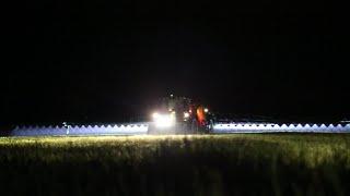 Opryski nocą John Deere 6105R, John Deere M740i / Dolny Śląsk 2016