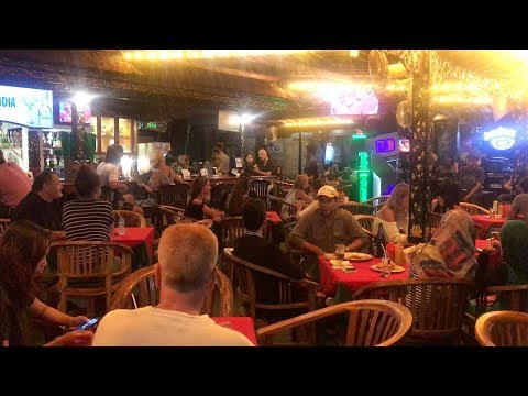 Lombok Nightlife: Bars in Senggigi