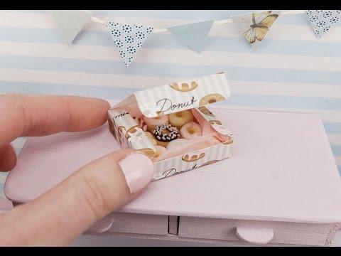Unboxing miniature donuts 350b4b42d6338