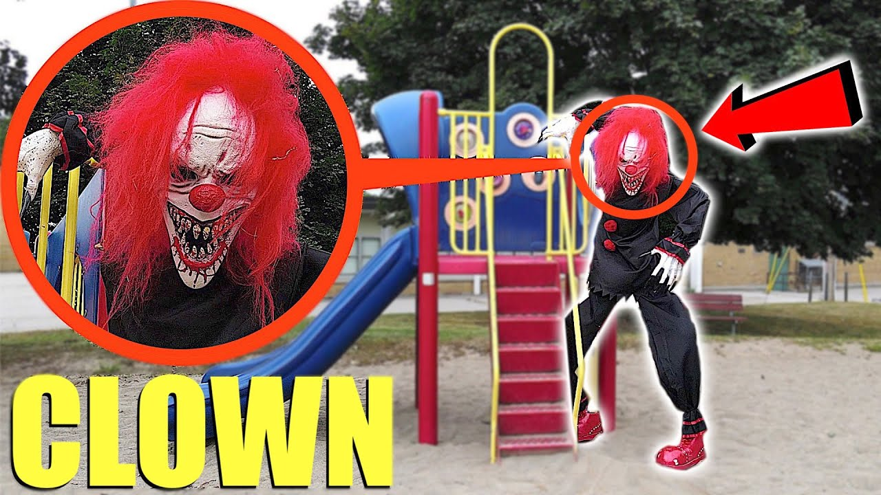 Download when you see this GIANT Killer Clown do not approach him! RUN away FAST! (Crouchy the Clown)
