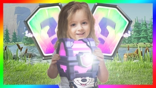 clash Royale / my daughter plays has CLASH ROYALE / Pack Opening