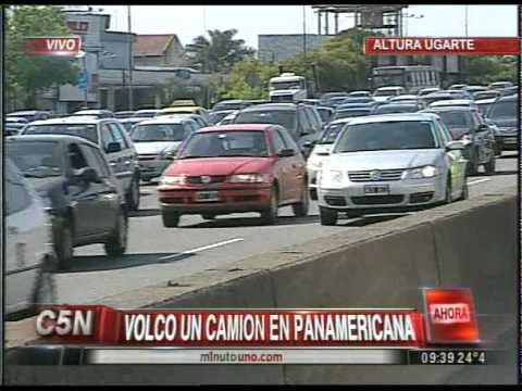 C5N - TRANSITO: VOLCO UN CAMINO EN PANAMERICANA (PARTE 2)