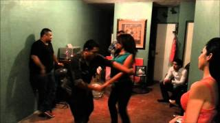 Asi se Baila Cumbia en Reynosa (ESTILOS UNICOS) 2013
