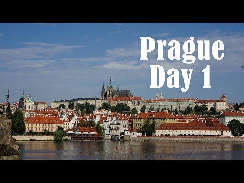 Квартира в Праге, арендовали машину. Прогулка по городу (Пражский град, Карлов мост, центр)