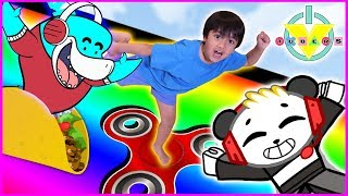 RYAN plays Roblox Slide Down + Get Eaten Games vs. Mommy & Combo Panda