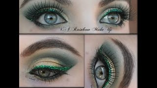 Tutorial Glittering Makeup for Christmas Holidays Thumbnail