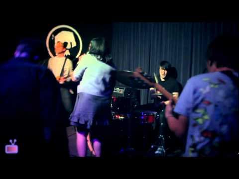 """Dead Angle """"Dreamed Dreams""""   Live @ 1-2-3-4 Go! Records"""