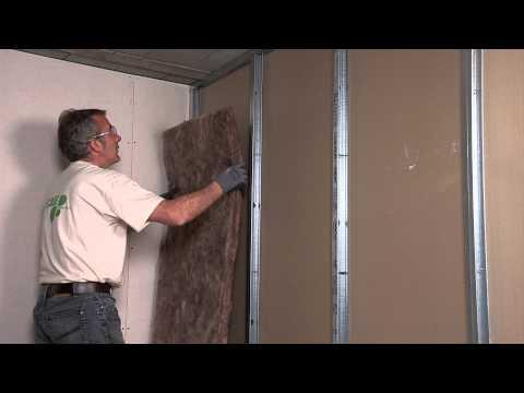 видео: Как звукоизолировать стены и межкомнатные перегородки?