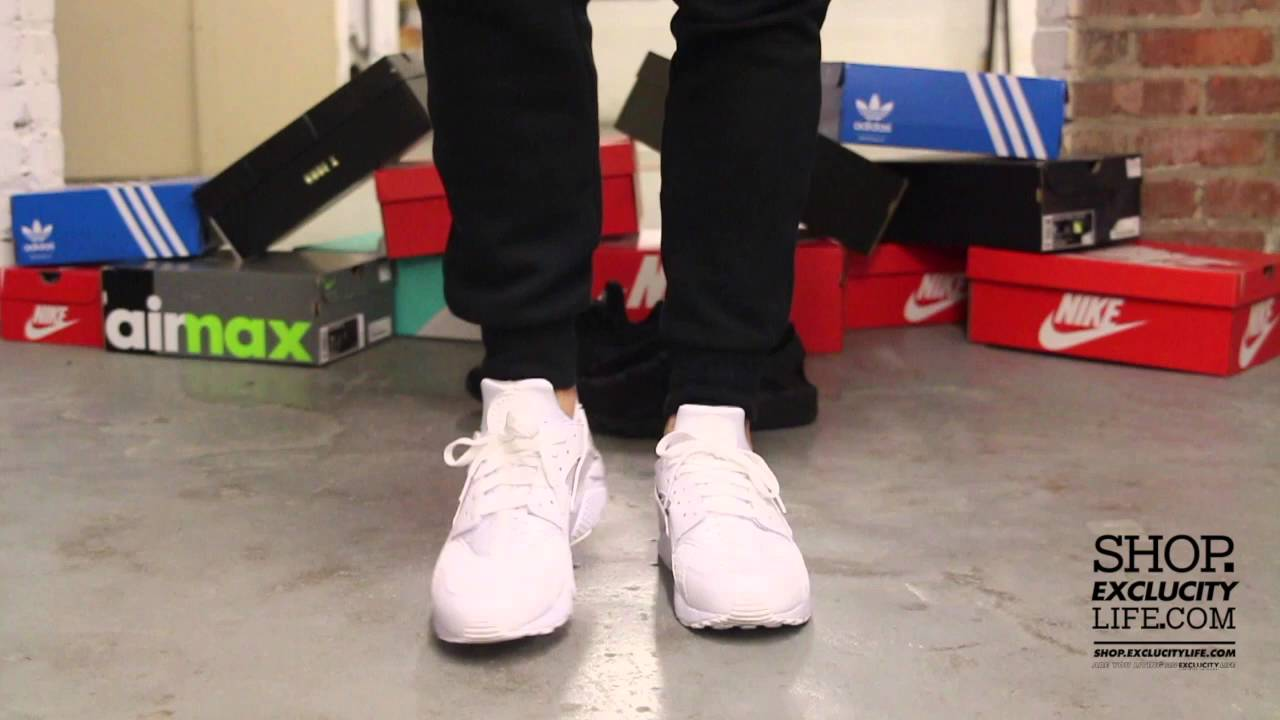 0b00f41d7992c Nike Huarache Run - White - White On-feet Video at Exclucity - YouTube