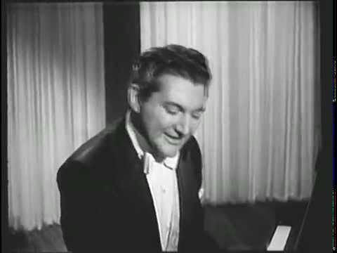 Liberace Performs A Pretty Girl Is Like A Melody
