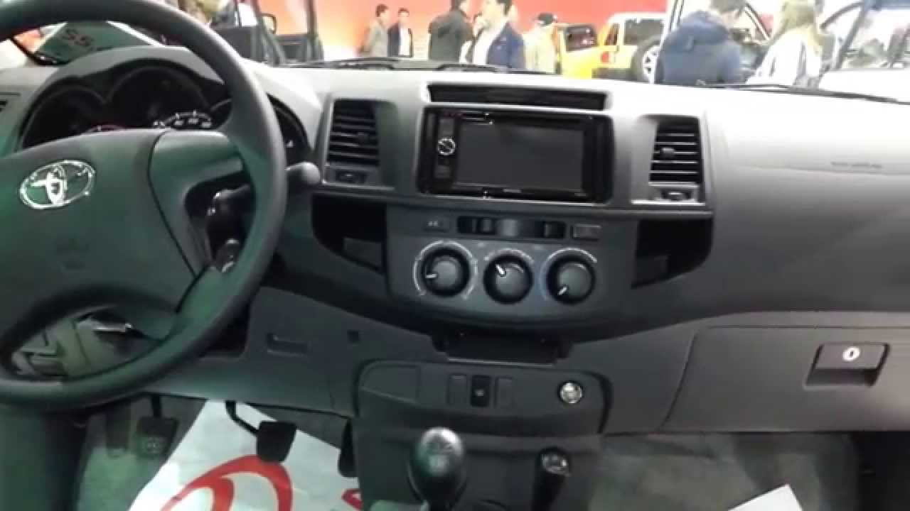 Toyota hilux 2015 video interior colombia