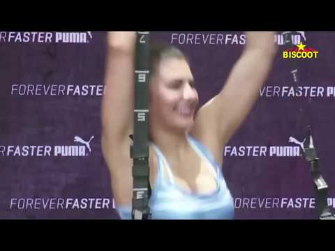 Jacqueline Fernandez's sizzling hot pole dance moves